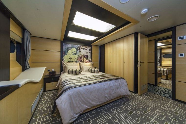NAVILUX Yacht Charter - double bed cabin
