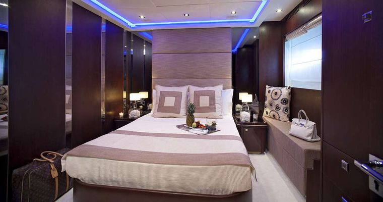 MY TOY Yacht Charter - VIP suite
