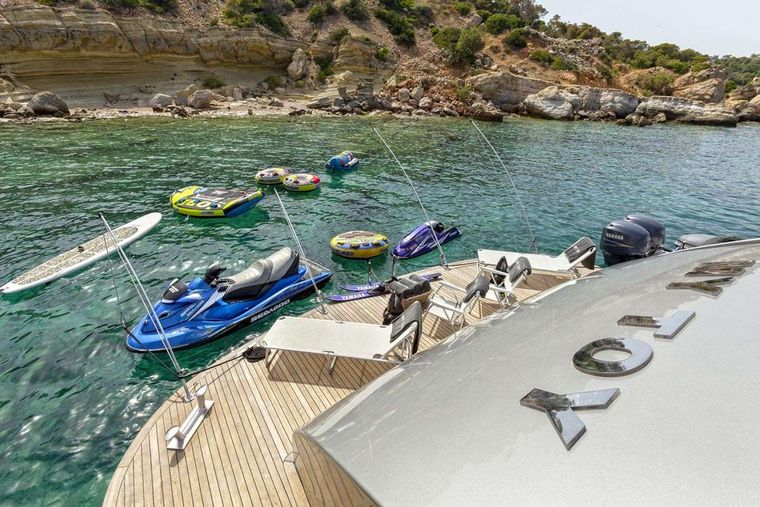 MY TOY Yacht Charter - Water toys