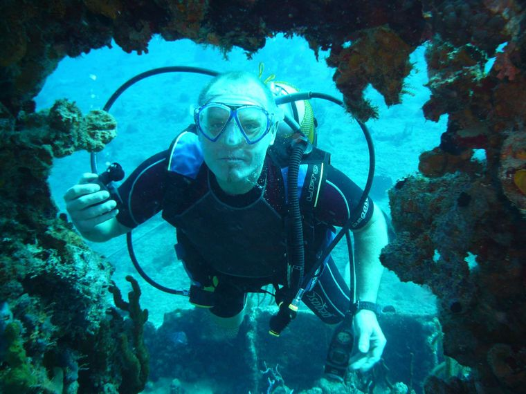 EXTASEA 2 Yacht Charter - Diving the Rhone