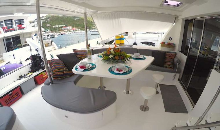 EXTASEA 2 Yacht Charter - Lounging area in the cockpit