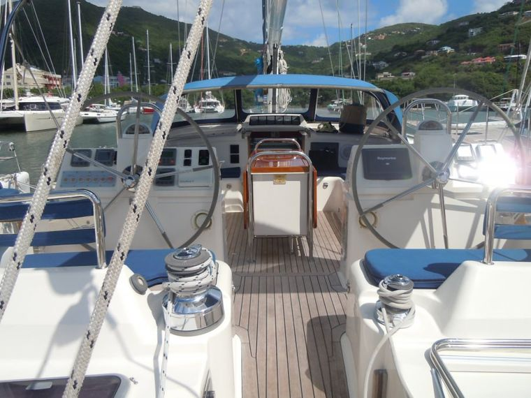 ELVIS MAGIC Yacht Charter - twin helm