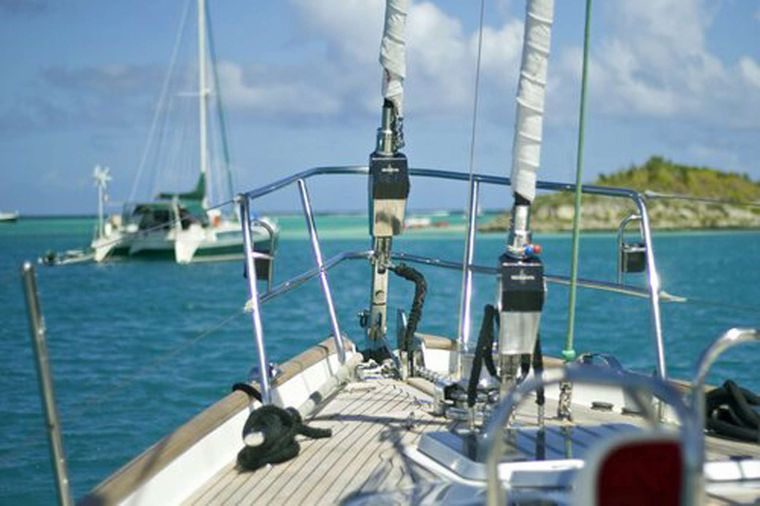 ELVIS MAGIC Yacht Charter - Great sailing on Elvis Magic