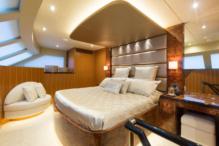 SEA BOSS Yacht Charter - Master Stateroom with Ensuite