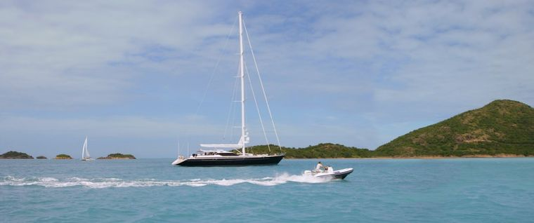 SEAQUELL Yacht Charter - At anchor