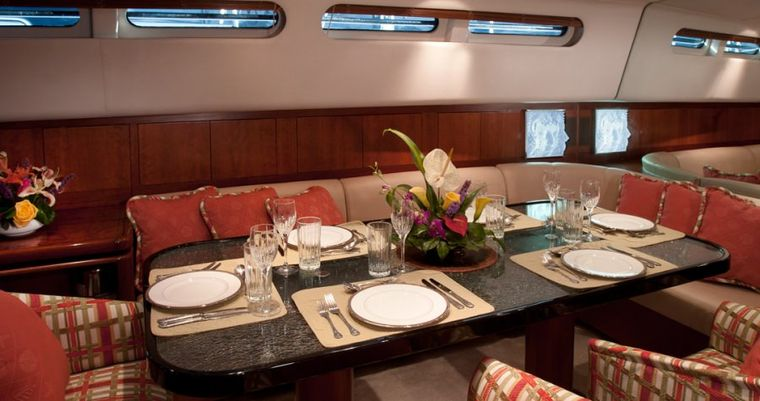SEAQUELL Yacht Charter - Formal Dining