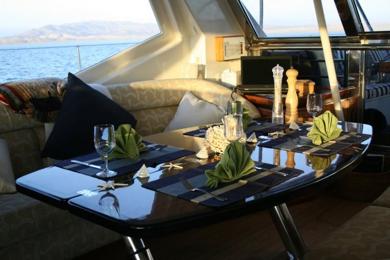 SEAQUELL Yacht Charter - Pilothouse Dining