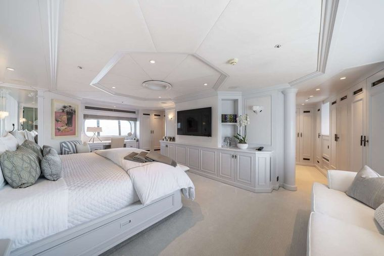 MOSAIQUE Yacht Charter - Mosaique - Master Cabin