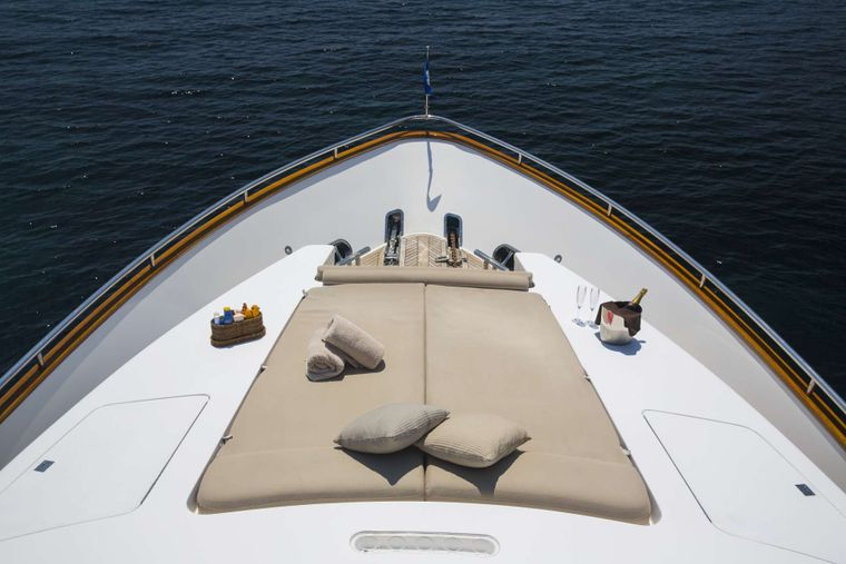 VOGUE Yacht Charter - Foredeck