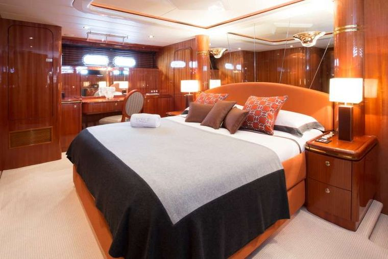 VOGUE Yacht Charter - Master Cabin