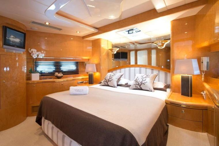 VOGUE Yacht Charter - VIP Cabin