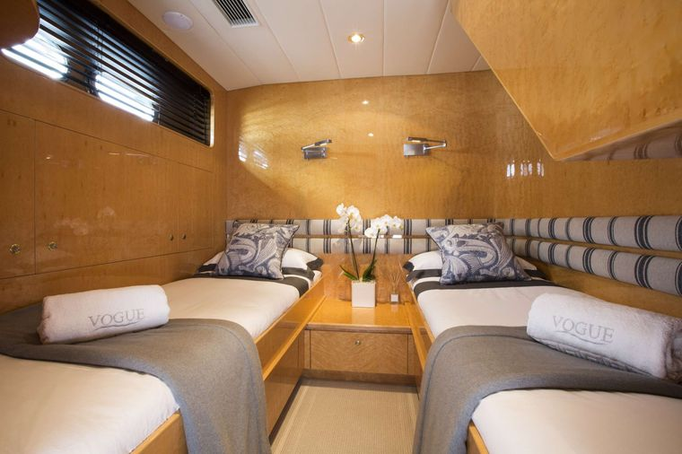 VOGUE Yacht Charter - Guest Twin Cabin