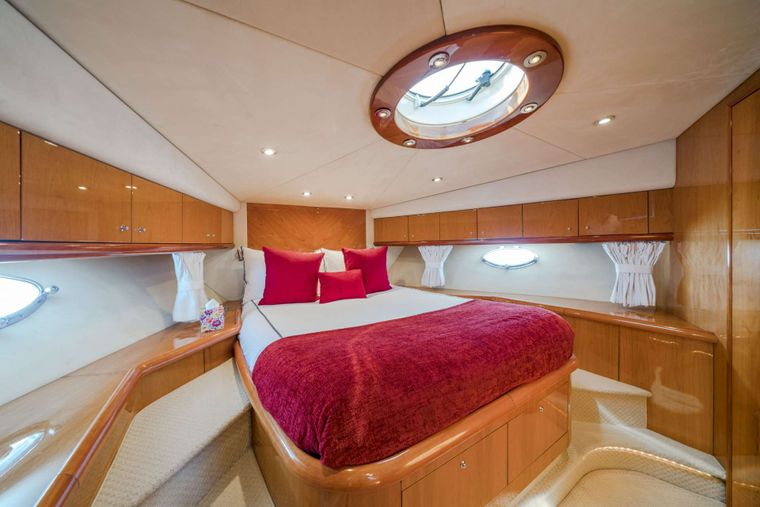 REHAB Yacht Charter - Guest Double Cabin