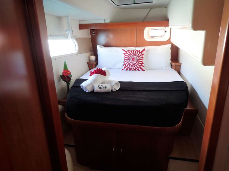ELIXIR Yacht Charter - Get a good nights rest in one of 3 Queen cabins