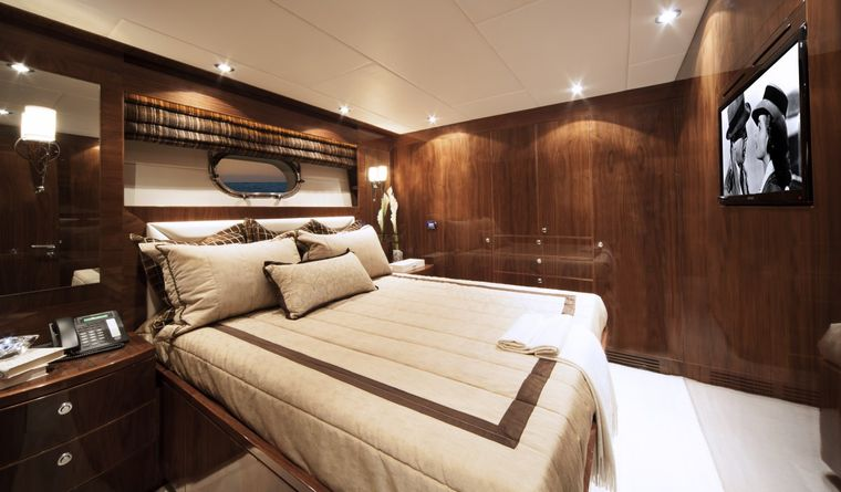 CARBON COPY Yacht Charter - Guest Stateroom