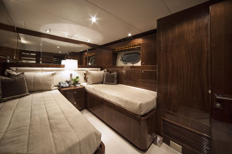 CARBON COPY Yacht Charter - Twin Guest Stateoom