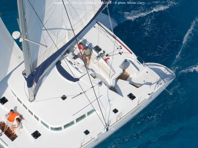 SASHA Yacht Charter - Aerial view of the flybridge and deck