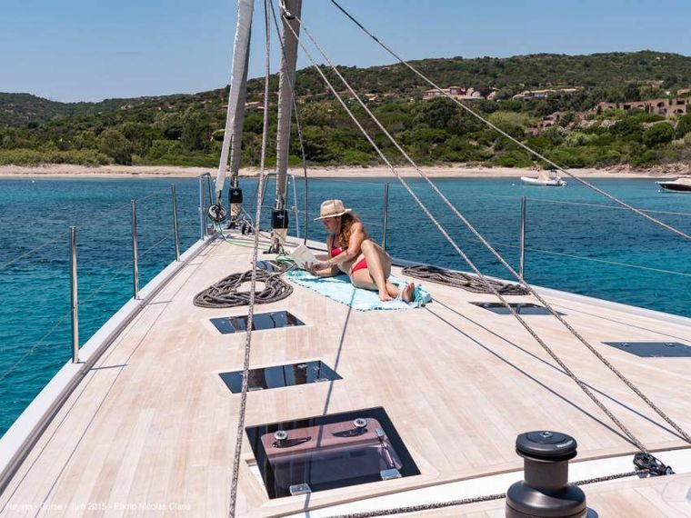 NEYINA Yacht Charter - Forward deck