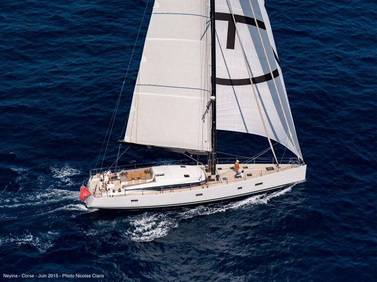NEYINA Yacht Charter - Under sails