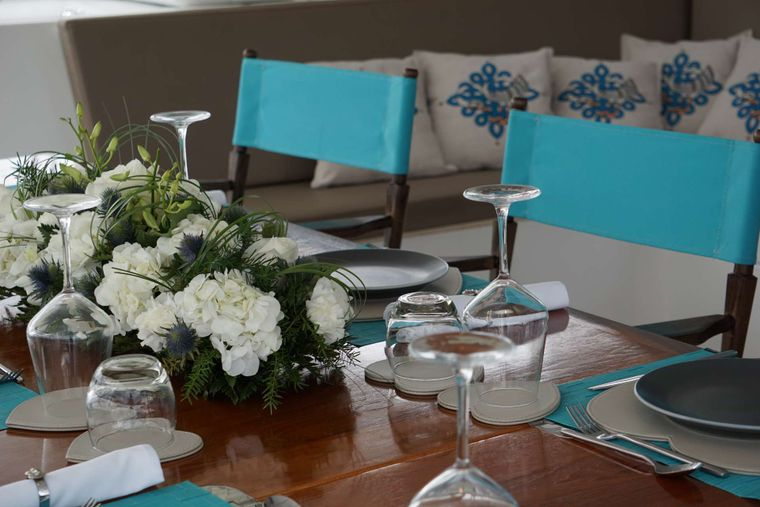 AOIBH Yacht Charter - Alfresco dining - ready for lunch