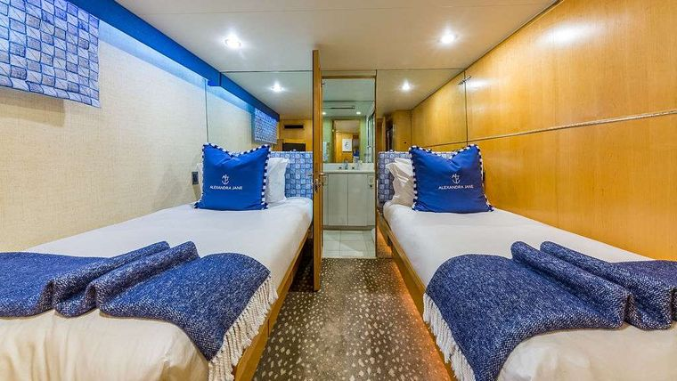ALEXANDRA JANE Yacht Charter - Twin Guest Stateroom