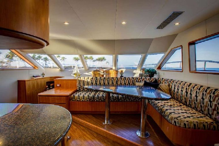 EQUINOX Yacht Charter - Galley Seating
