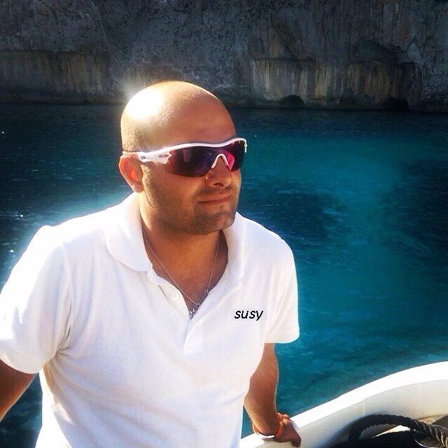 SUSY Yacht Charter - captain