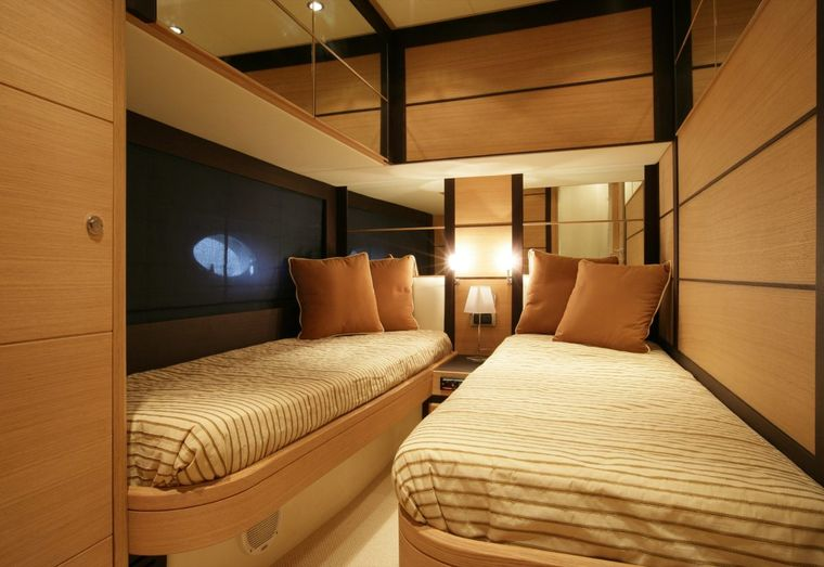 SUSY Yacht Charter - twin cabin