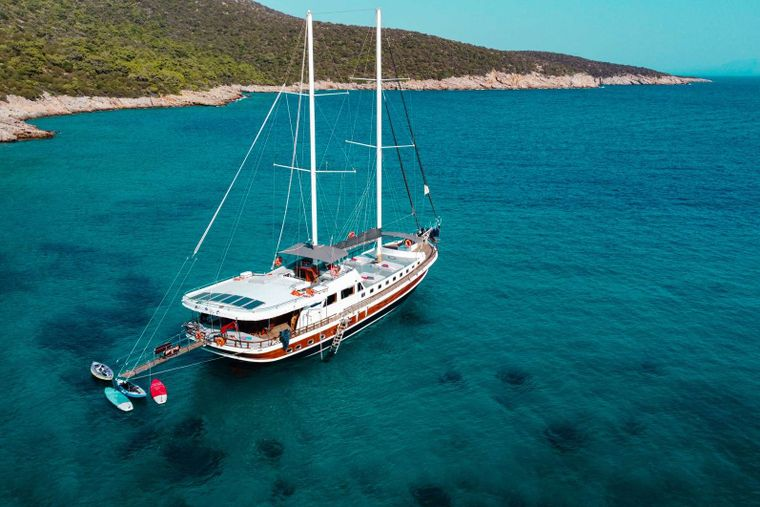 Bodrum Queen Yacht Charter - paddleboard + kayaks