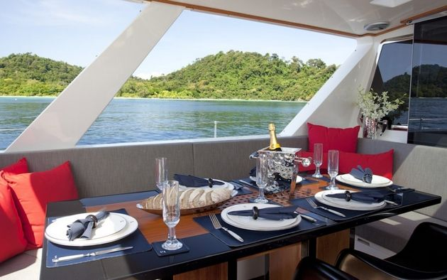 SILVERLINING Yacht Charter - Cokpit dining area