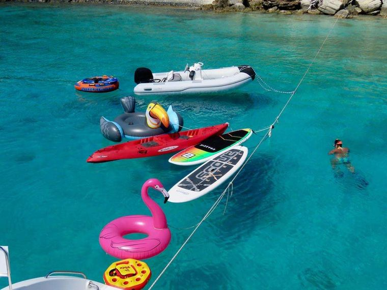 TURQUOISE TURTLE Yacht Charter - Lots of water toys!