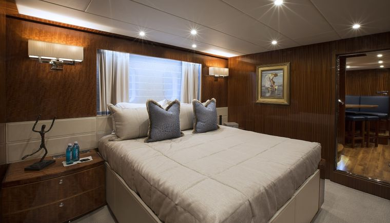 RENAISSANCE Yacht Charter - King Bed Stateroom