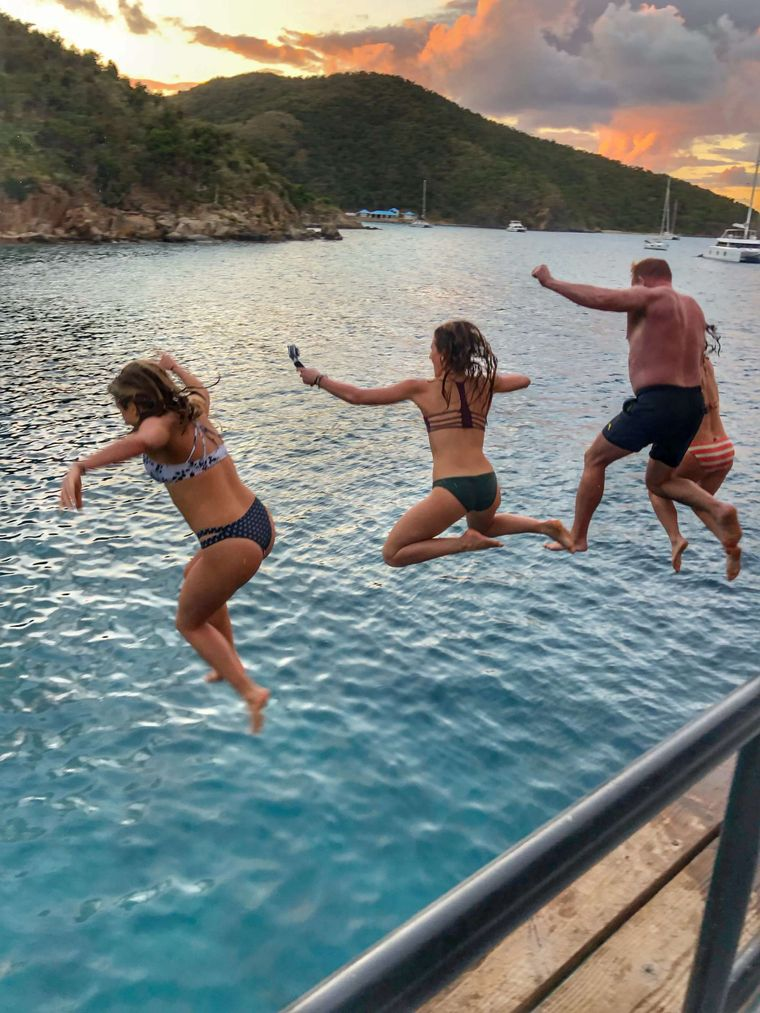 MANNA Yacht Charter - Willy T Jump