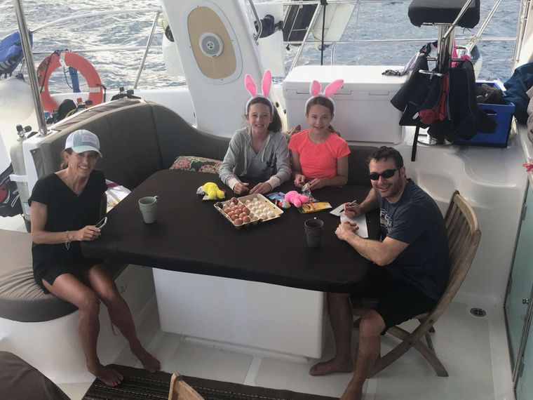 MANNA Yacht Charter - Easter egg decorating