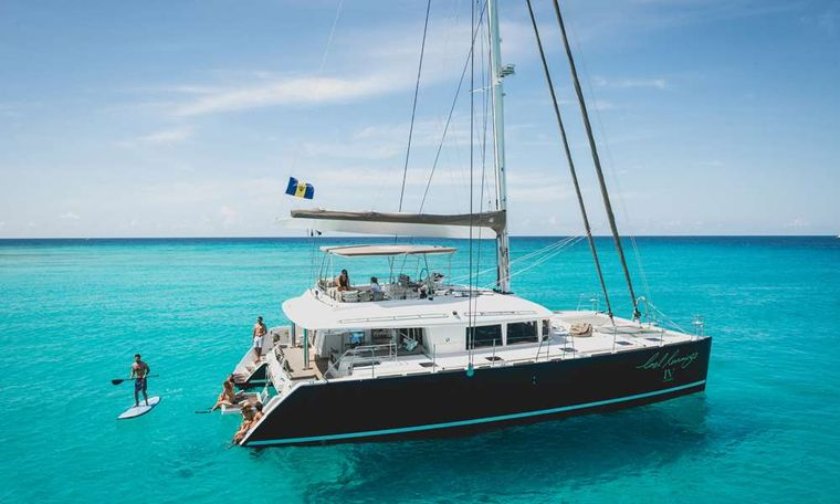 COOL RUNNINGS IV Yacht Charter - Ritzy Charters