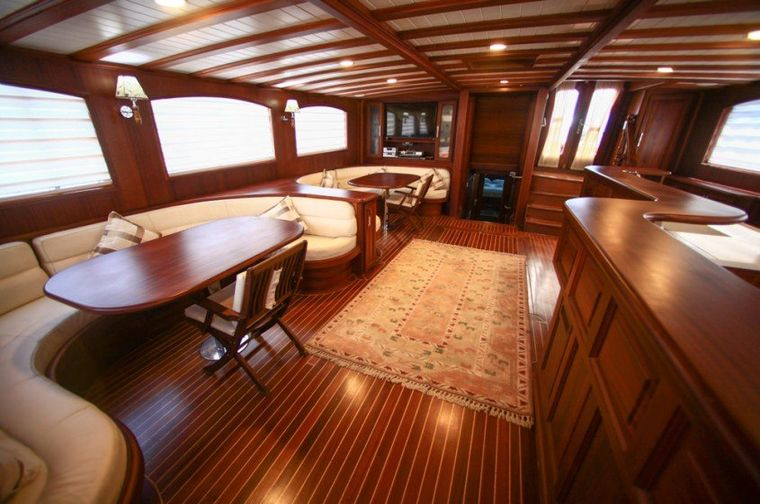 DREAMLAND Yacht Charter - Master Suite