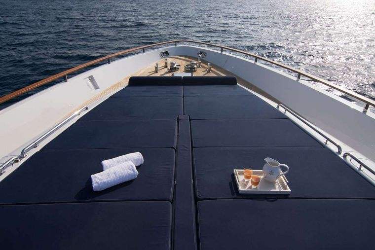 KAMBOS BLUE Yacht Charter - bow