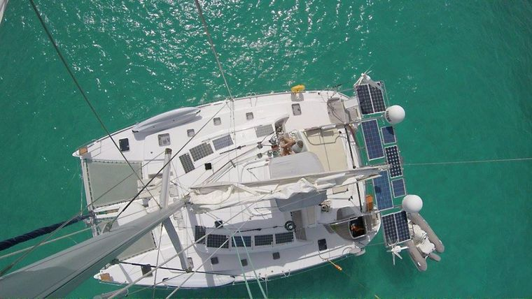 FRENK Yacht Charter - France from the masthead