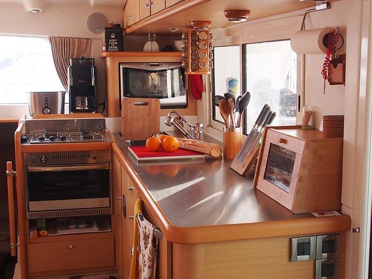 FRENK Yacht Charter - The galley