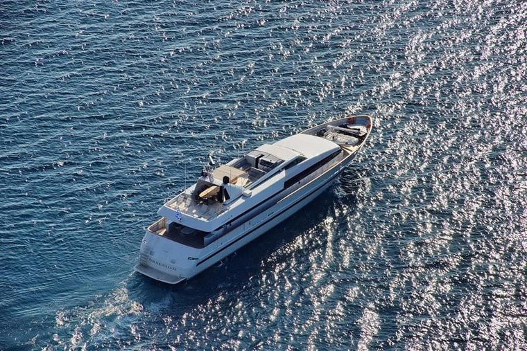 OBSESION 120 Yacht Charter - Ext