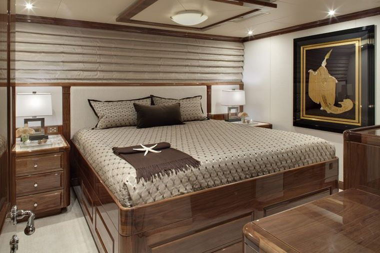 REMEMBER WHEN Yacht Charter - Guest King Stateroom