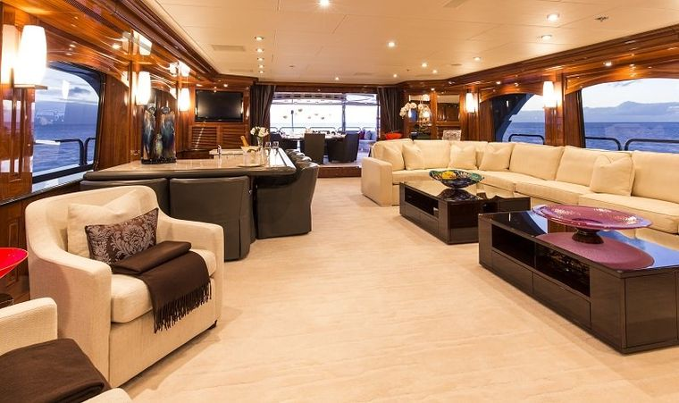 REMEMBER WHEN Yacht Charter - Skylounge