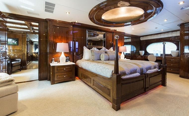 REMEMBER WHEN Yacht Charter - Master Stateroom