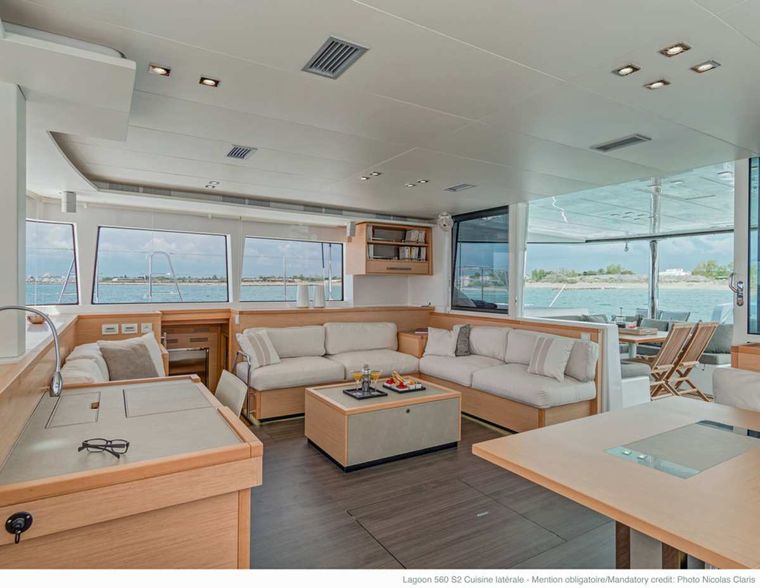 DADDY'S HOBBY Yacht Charter - 360 degree windows in salon