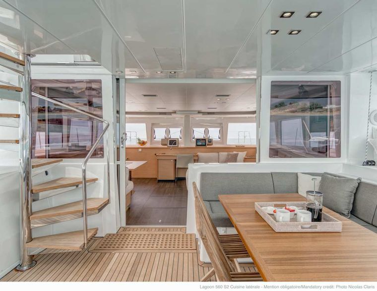 DADDY'S HOBBY Yacht Charter - Aft Deck Dining
