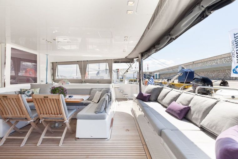 DADDY'S HOBBY Yacht Charter - Dining Aft Deck