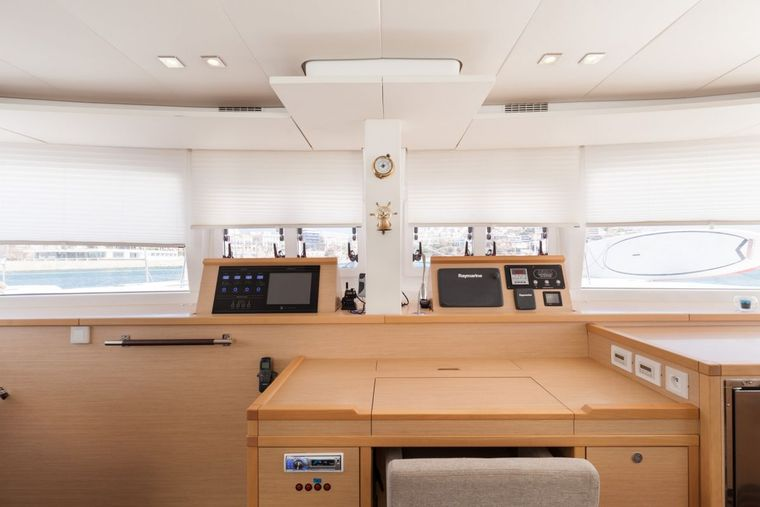 DADDY'S HOBBY Yacht Charter - Nav Table