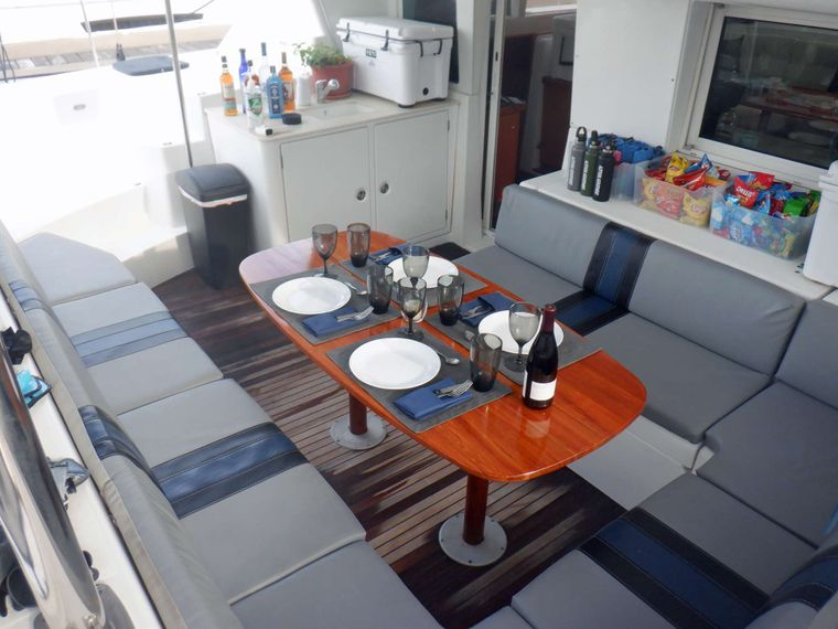 ALTITUDE ADJUSTMENT Yacht Charter - Spacious seating on aft deck