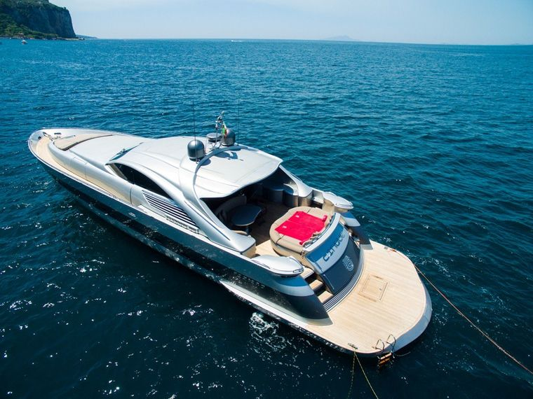 CINQUE Yacht Charter - The powerful Cinque