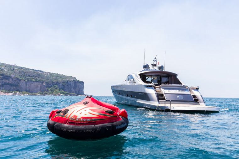 CINQUE Yacht Charter - At the bow